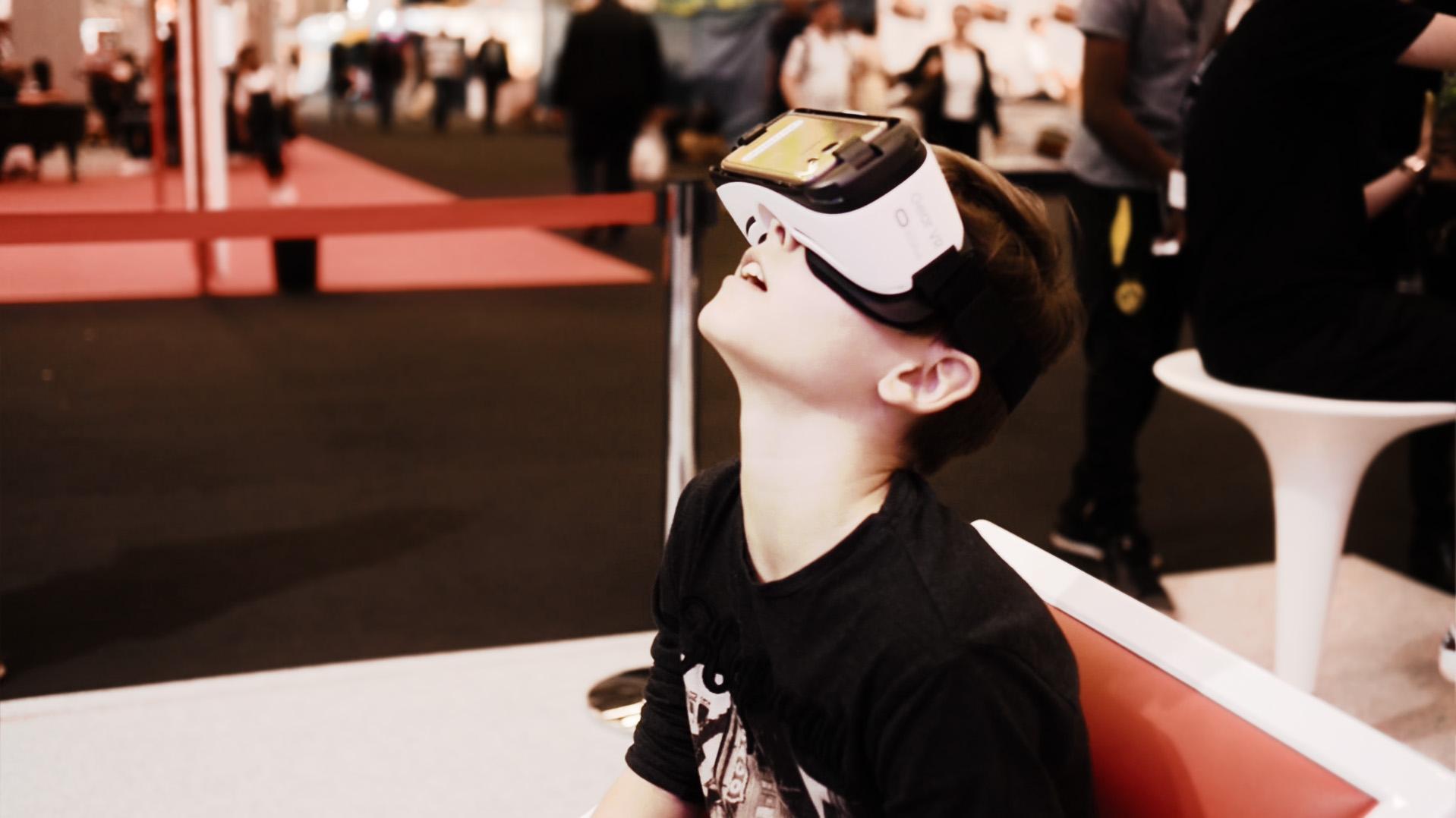 démonstration réalité virtuelle Foire de Paris 2016